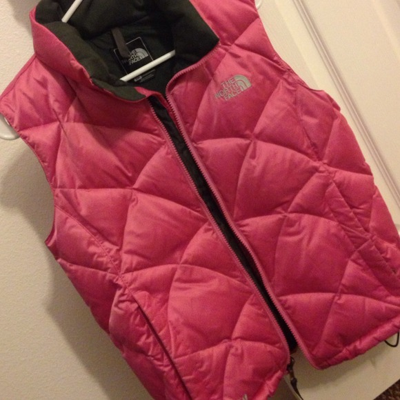 North Face Outerwear - North Face vest! 🎀 3