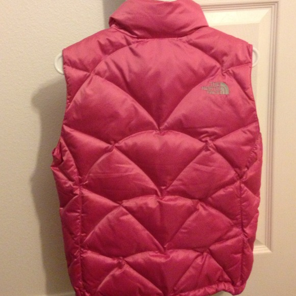 North Face Outerwear - North Face vest! 🎀 4