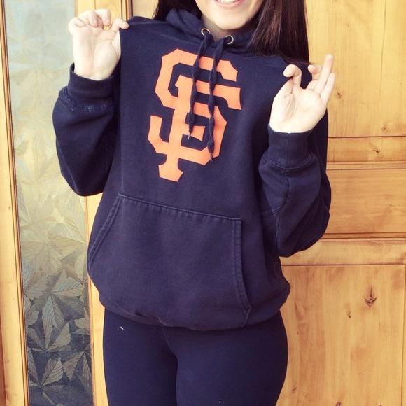 differently 28fd6 6b029 San Francisco Giants sweatshirt hoodie