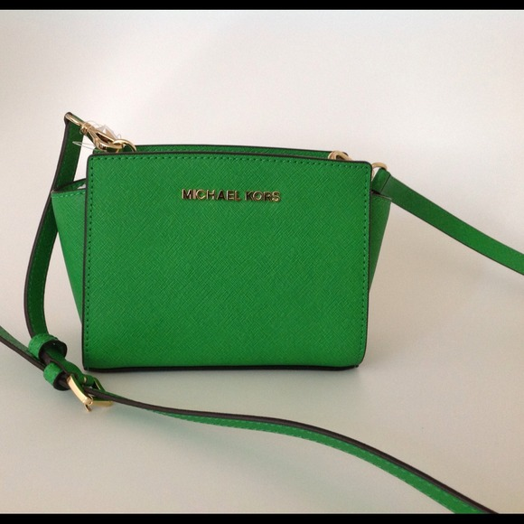 13% off MICHAEL Michael Kors Handbags - Sold!⛔💵Not for sale ...