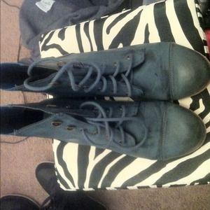 Shoes - 💙blue combat like boots 💙