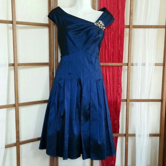 4ab18ac24bdbd Jessica Howard Dresses   Skirts - Jessica Howard cocktail dress