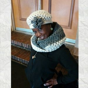 Crochet puff stitch hat with infinity two scarf