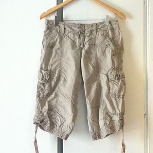 Easy knee length Anthropologie shorts