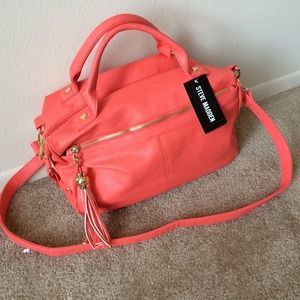 bb0f436100 Steve Madden Bags - ✨Reduced✨Coral Steve Madden Bag NWT