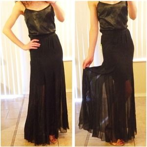 Alice + Olivia Dresses & Skirts - ✨FLASH SALE✨NWT alice+olivia black silk maxi skirt