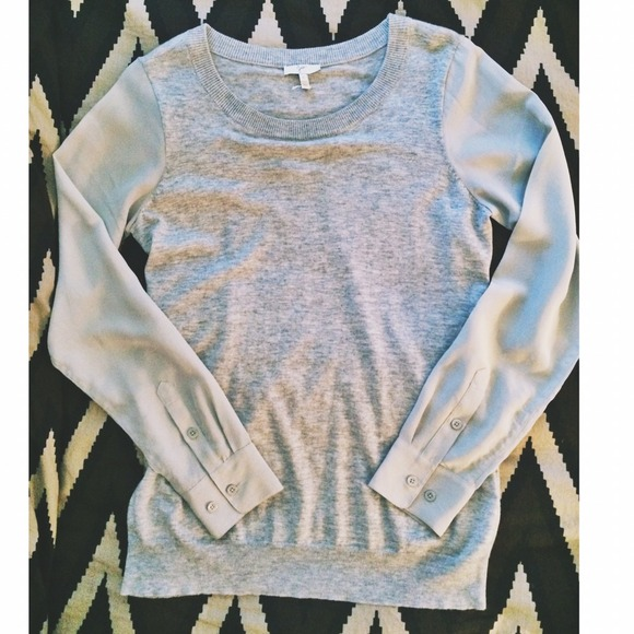 Joie Tops - 🎉7-17 HP🎉Joie grey pullover with silk sleeves 2