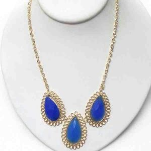 Jewelry - BLUE DESIGN NECKLACE