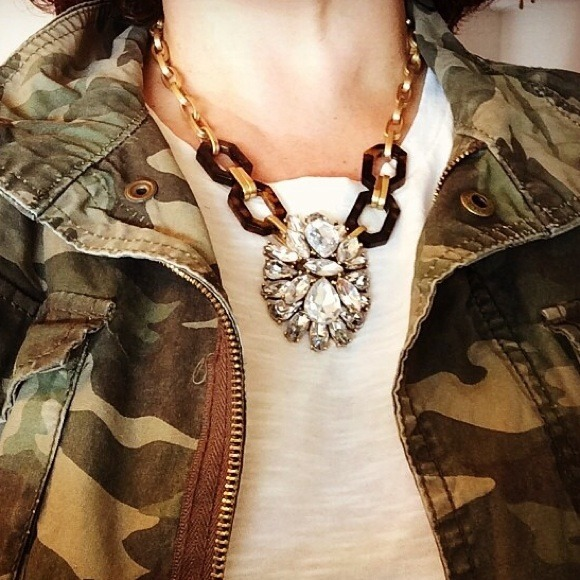 J. Crew Jewelry - 🔶PM Editor's pick🔶Tortoise Statement necklace