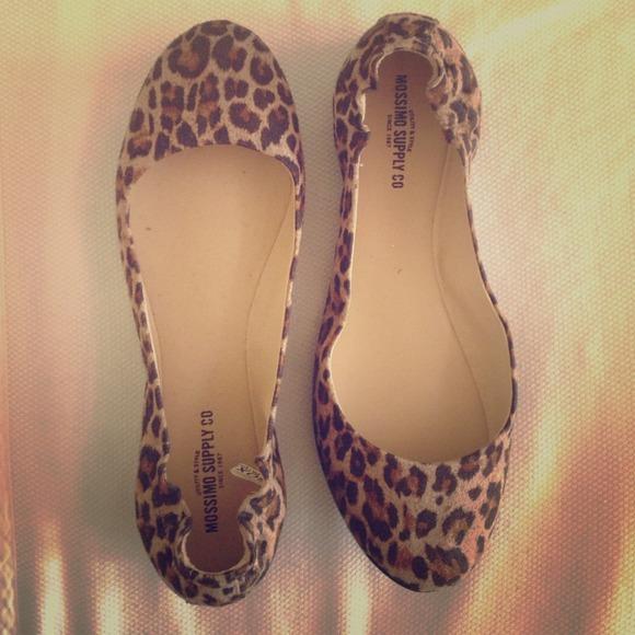 28af95d0b320 Leopard print flats size 8.5. M_536a59984845e65ae704c8ec. Other Shoes you  may like. Mossimo slides