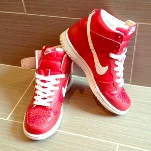 Nike Shoes | Womens Size 8 Nike High