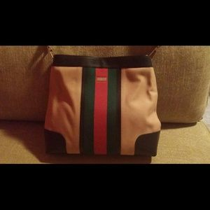 Beautiful vintage Gucci handbag