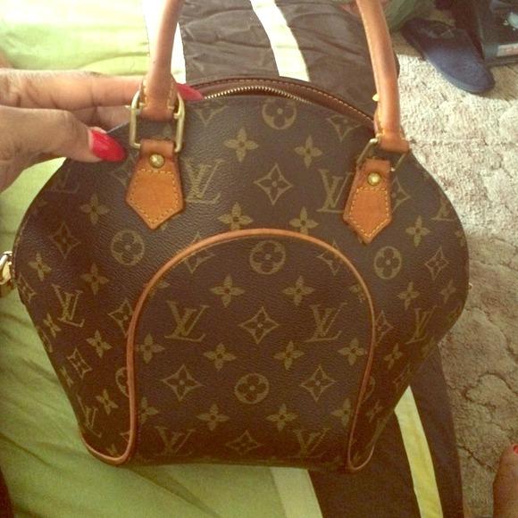 Louis Vuitton Bags | Authentic Louis Vuitton Ellipse Pm ...