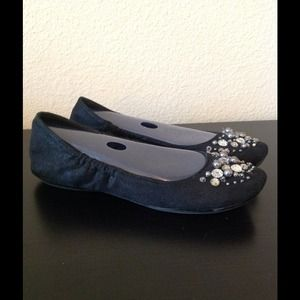 Report Shoes - cute and comfy flats by R2 sz 6