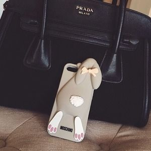 Moschino IPhone 5 phone cover
