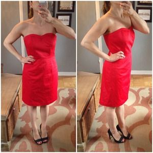 H&M Dresses & Skirts - Red strapless dress