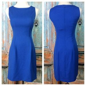 Sleeveless Boatneck Blue Shift Dress