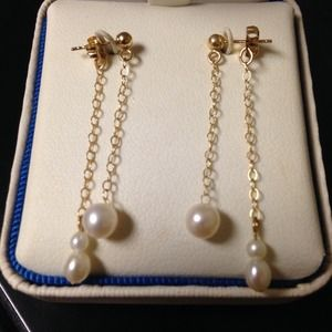 NWT Genuine Freshwater Pearl Drop Earrings