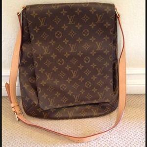 Louis Vuitton Musette Salsa Gm Shoulder Bag