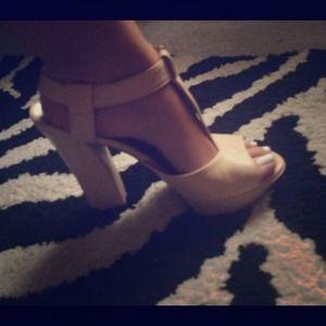 Dee Keller Italian heels