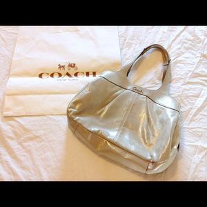 Authentic Coach purse nude gold great condition!