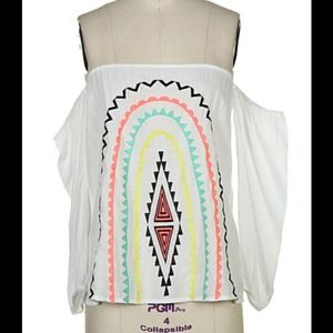 Tops - White aztec tribal print detail top size large