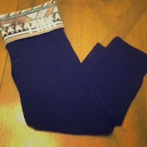 Victoria's Secret Capri Yoga Leggings