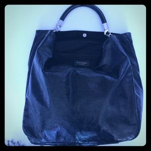 Limited edition YSL Sac Roady Patent Black