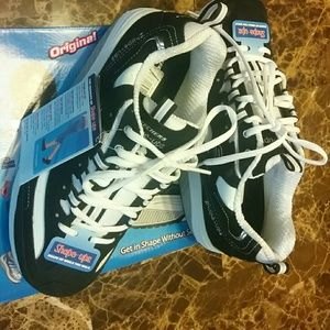 Shape up by Sketchers