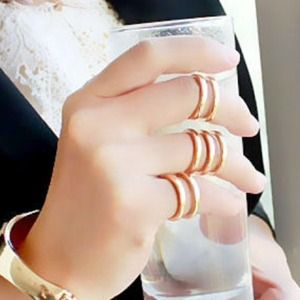 SALE $20 Set of Gold Knuckle Rings