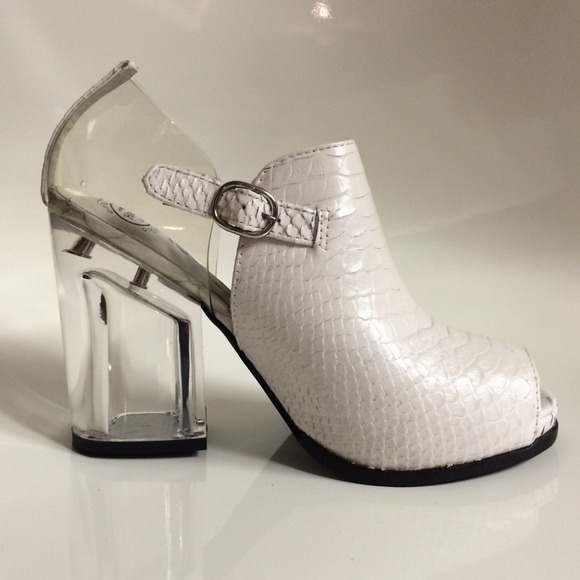 d47bd7abcfd JEFFREY CAMPBELL White Leather Acrylic Heel Boots