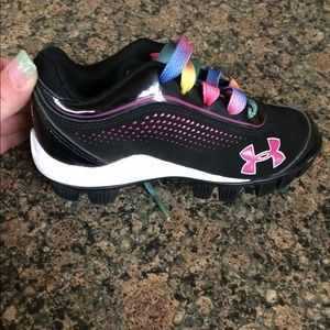 under armour cleats for girls