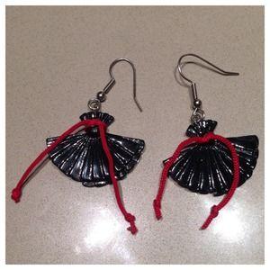 Black Fan Earrings
