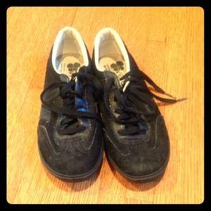 Veja Shoes - Veja black tennis shoes