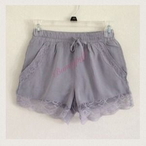 Brandy Melville lace shorts