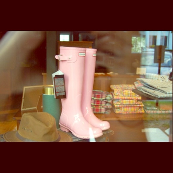 32% off Hunter Boots Shoes - Light Pink Hunter Rain Boots from ...