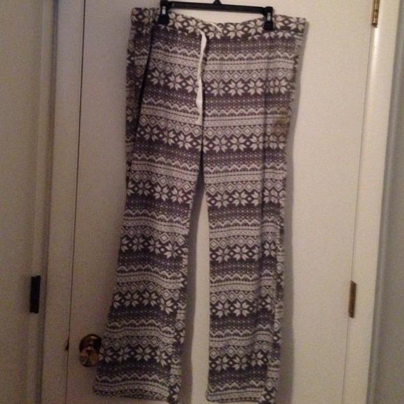 68% off Old Navy Pants - NWOT Gray Plush Fleece Fair Isle Pajama ...