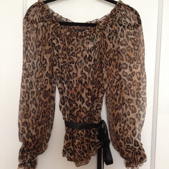 melinda eng Tops - Animal print Melinda eng blouse