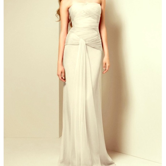 39% off Vera Wang Dresses & Skirts - Crinkle chiffon Vera Wang ...