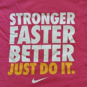 Nike Tops - Nike Women's Workout Sleeveless Pink Tee 👟🎀 2