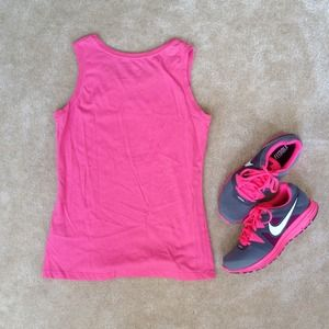 Nike Tops - Nike Women's Workout Sleeveless Pink Tee 👟🎀 3