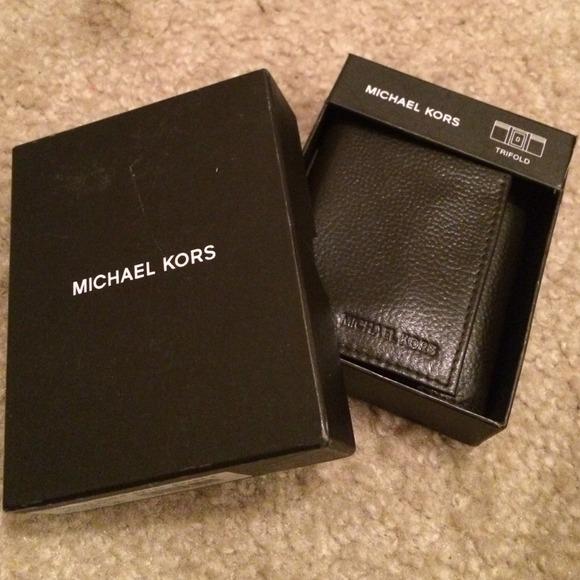 10713262c35a Michael Kors Bags | Mens Trifold Wallet | Poshmark