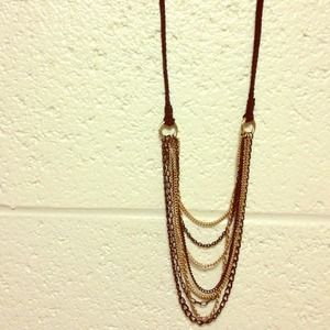 ✨HP✨ Black and gold long chain necklace