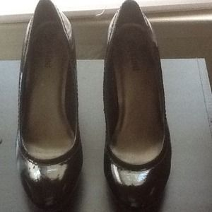 Unlisted Black Patent Leather Pumps - worn once!