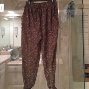 Urban Outfitters Pants - Urban outfitters printed harem pant