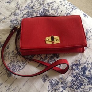 Handbags - NWOT Red Crossbody Bag