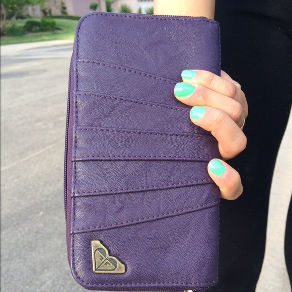 Roxy Bags - Price Reduction! Purple Roxy Wallet