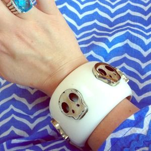 boutique Jewelry - Gorgeous! Enamel and natural skull bracelet