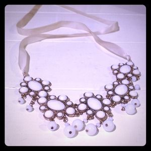 Fashion necklace bib statement