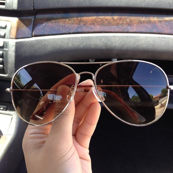 e9d6b6a4e8f4 H&M Accessories | Aviator Sunglasses | Poshmark